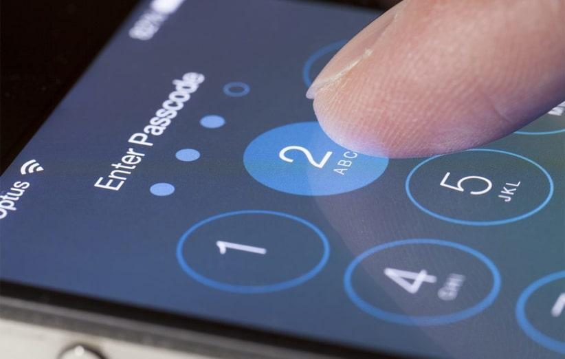 مشکل امنیتی در iOS 13 نام مخاطبین را بدون باز کردن گوشی به نمایش می گذارد