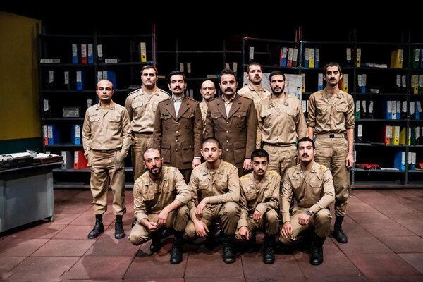 اجرای نمایش لانچر 5 در تماشاخانه ایرانشهر