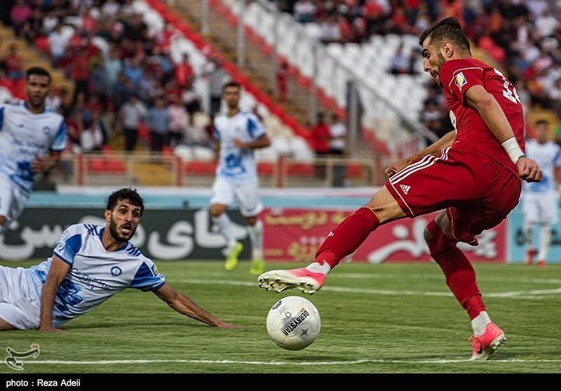 لیگ برتر فوتبال، تساوی گل گهر و تراکتور در نیمه اول