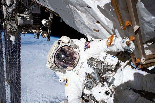 فردا یک پیاده روی فضایی انجام می گردد