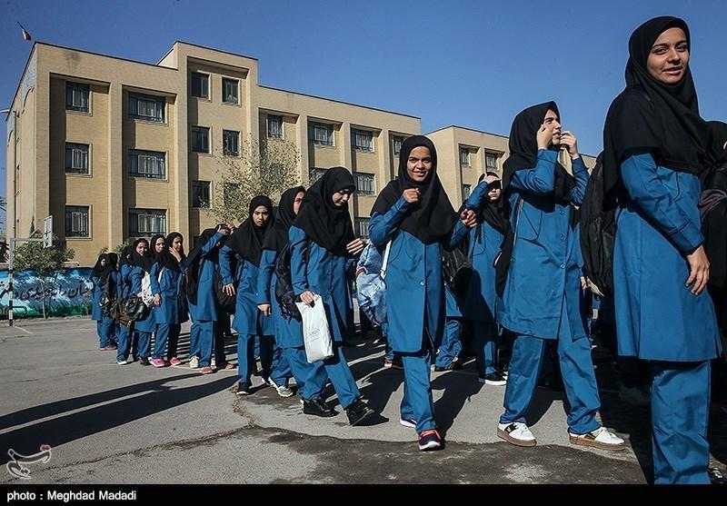 کاربری آموزشی مدرسه تاریخی امام خمینی(ره) بروجرد حفظ گردد