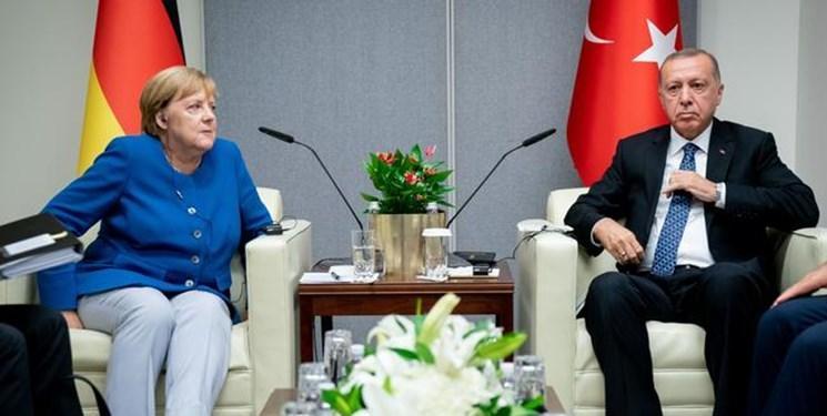تماس تلفنی اردوغان و مرکل با محور مقابله با کرونا