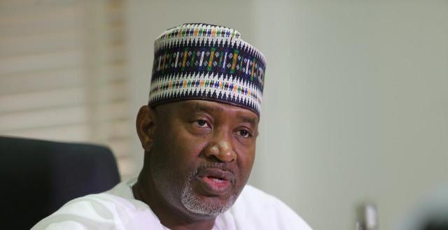 خبرنگاران نیجریه هواپیمای انگلیس را توقیف کرد