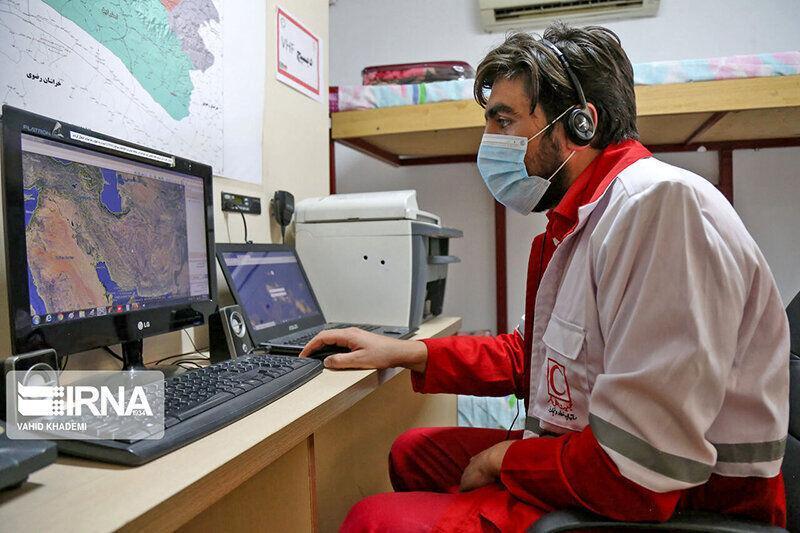 خبرنگاران امکانات مرکز کنترل سیار هلال احمر خراسان شمالی تقویت می شود