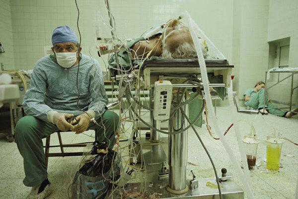 نمایش اتاق عمل اولین جراحی پیوند قلب در هیسپان تی وی
