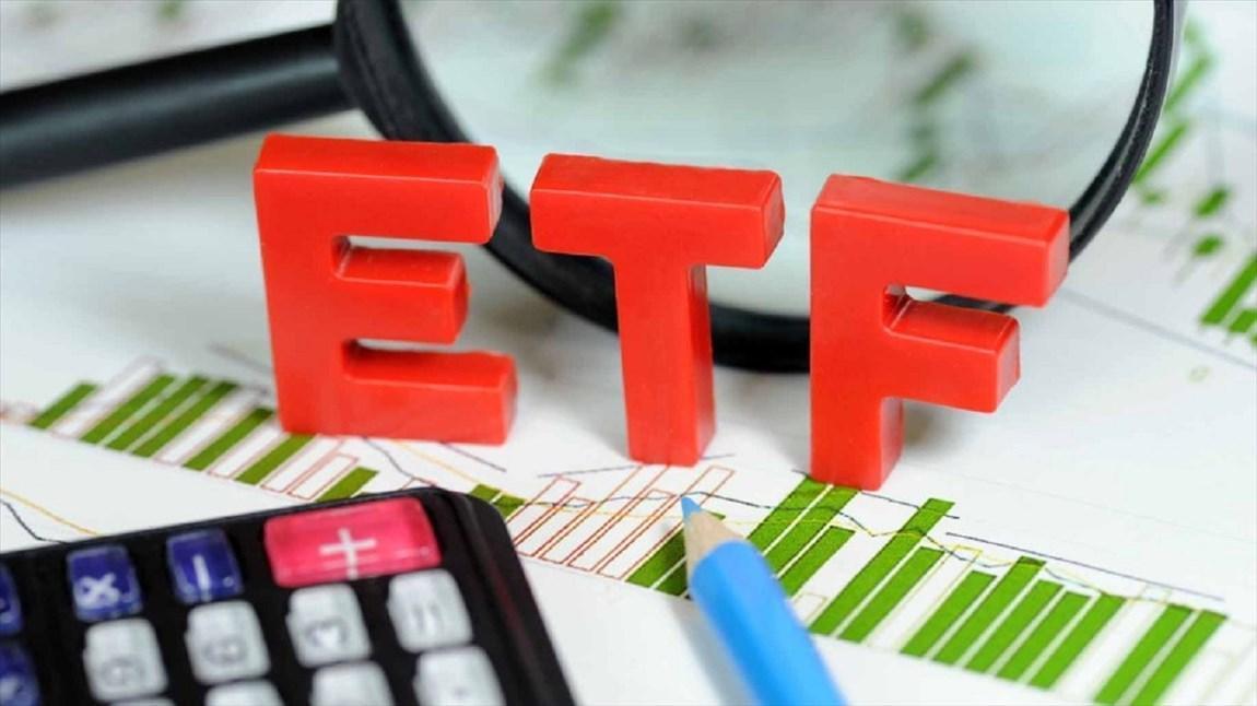 عرضه سهام شرکت های دولتی طبق برنامه زمان بندی شده انجام می گردد