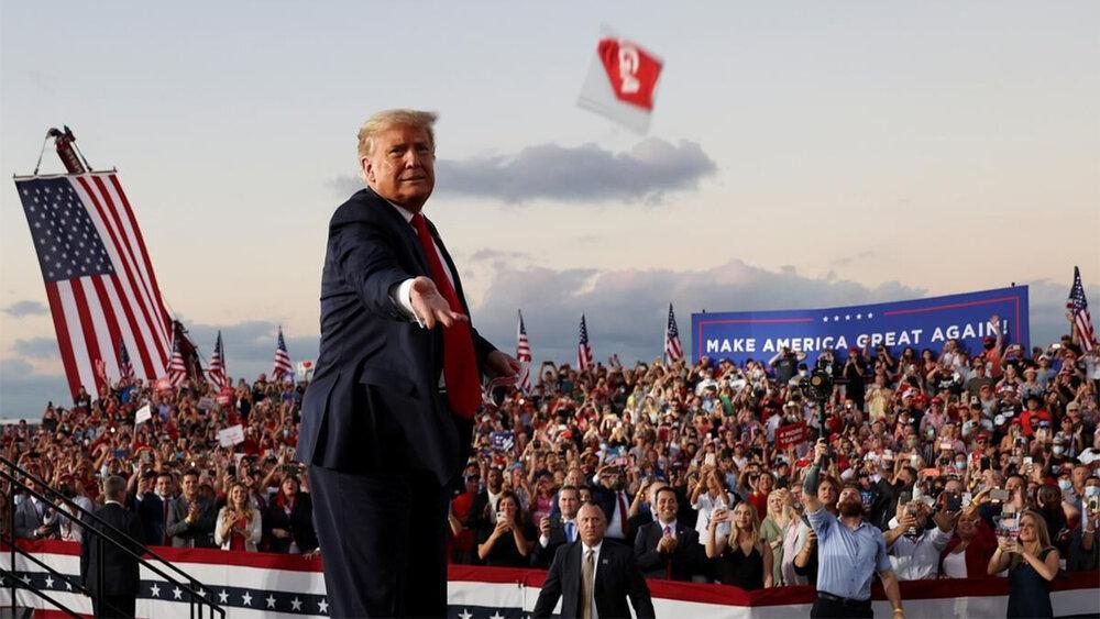 ابتلای 30 هزار نفر از طرفداران ترامپ به کرونا، حضور در تجمعات انتخاباتی جان 700 نفر را گرفت