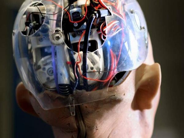 محققان برای روبات ها مغز طراحی می نمایند